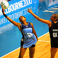 Matelita Shaw of Fiji (L) and Leana De Bruin of New Zealand.