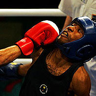 The Boxing program of the Melbourne 2006 Commonwealth Games gets underway with some fiery contests.
